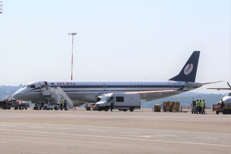 Belavia (B2) EW-399PO ERJ-195 LR [cn19000667]