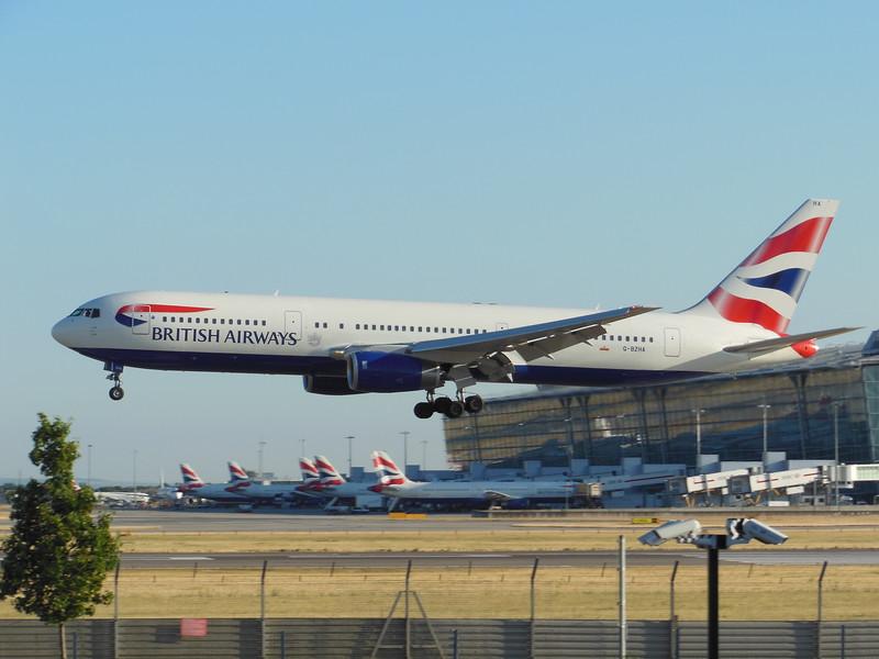 British Airways (BA) G-BZHA Boeing 767-336 ER [cn29230]