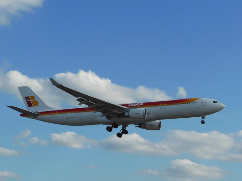 Iberia (IB) EC-LUX A330-302 [cn1405]