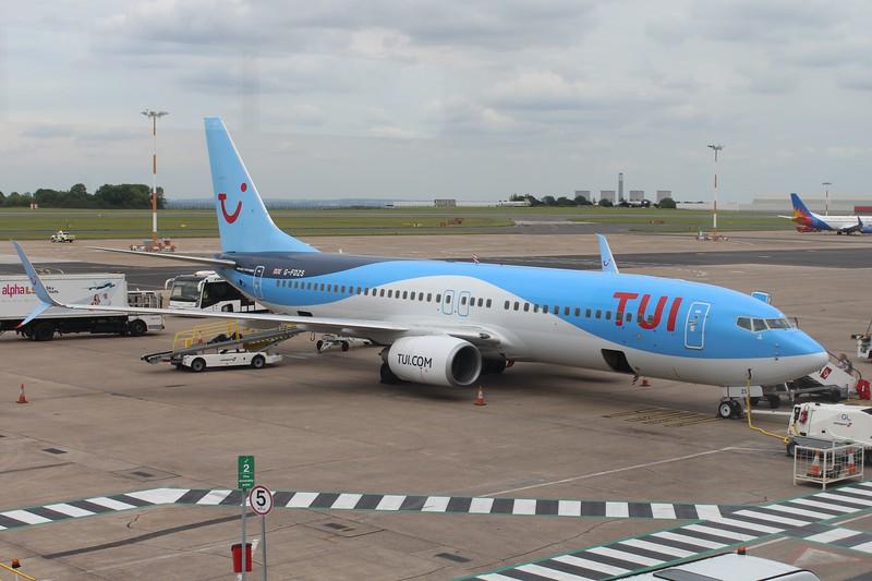 TUI Airways (BY) G-FDZS B737-8K5 [cn35147]