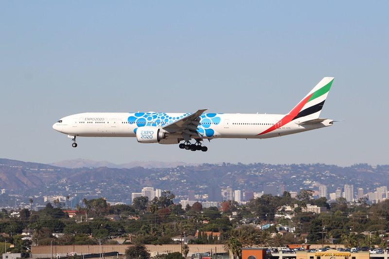 Emirates (EK) A6-EPK B777-31H ER [cn42330]