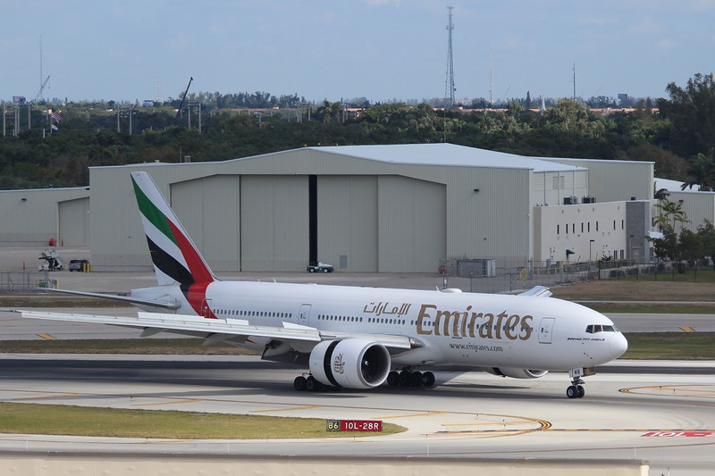 Emirates (EK) A6-EWB B777-27H LR [cn35573]