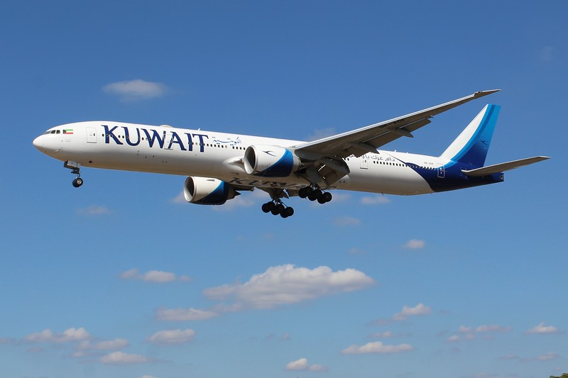 Kuwait Airways (KU) 9K-AOF B777-369 ER [cn62564]