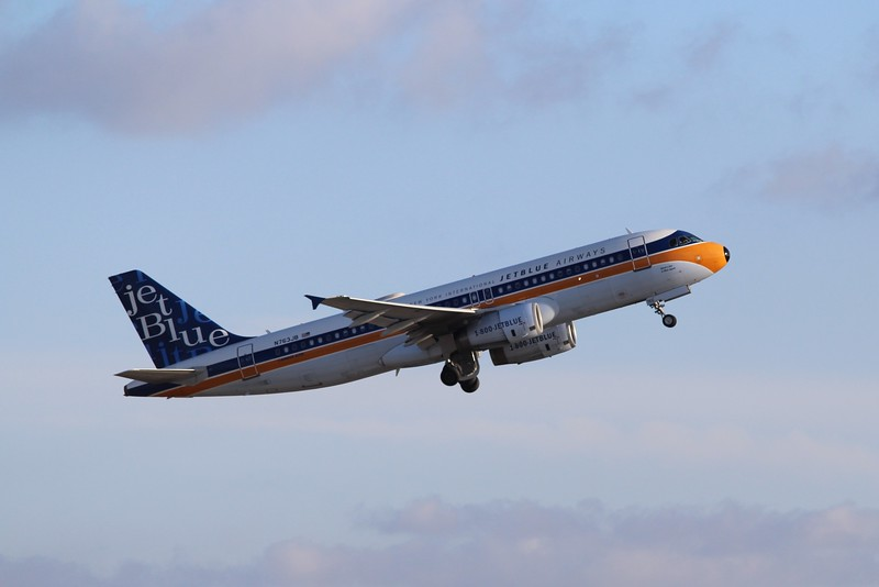 JetBlue Airways (B6) N763JB A320-232 [cn3707] in retrojet livery