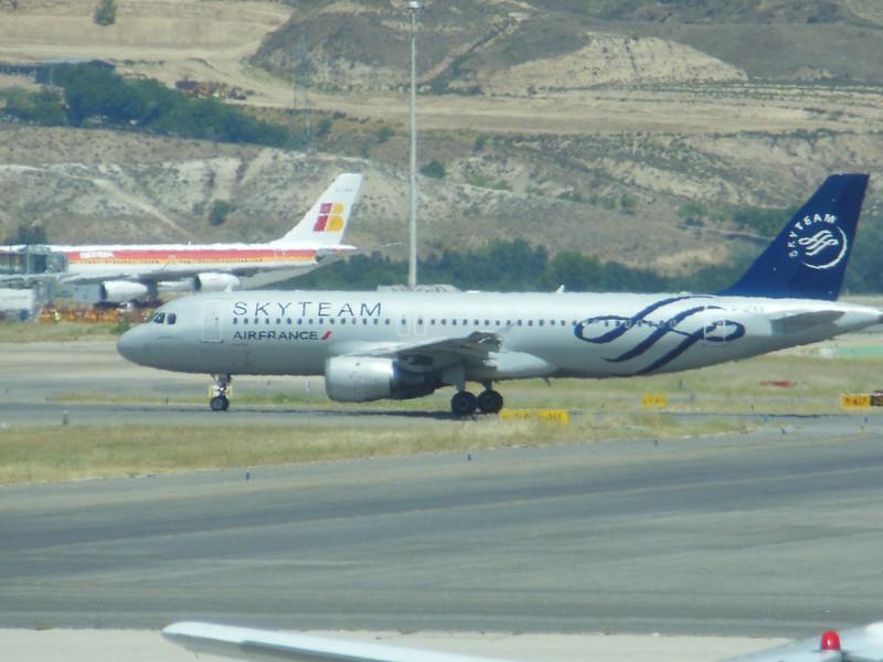 Air France (AF) F-GFKY A320-211 [cn285]