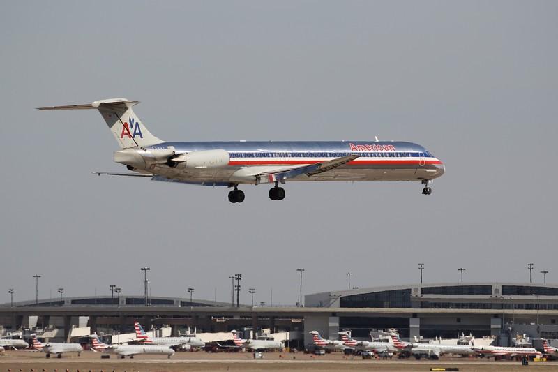 American Airlines (AA) N9681B MD-83 [cn53631]
