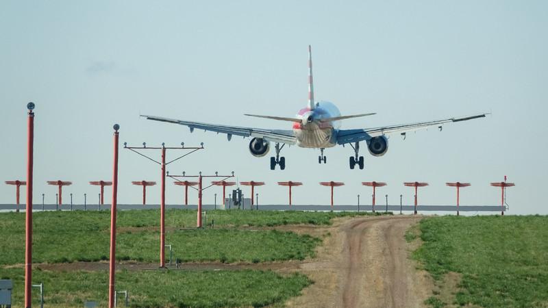 051221_airfield_american_airlines-021.jpg