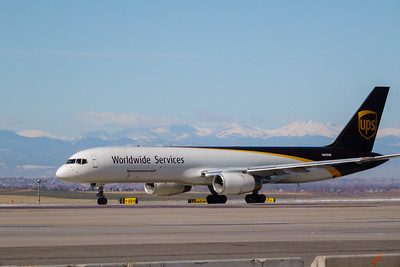 102820_airfield_cargo_ups-001