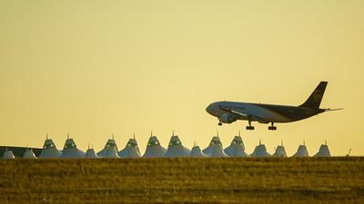 010721_airfield_cargo_UPS-024