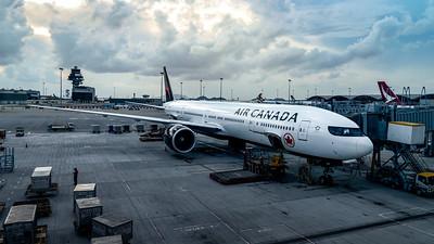 AIR CANADA_B777-333ER_C-FJZS_MLU_300718