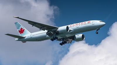 AIR CANADA_B777-233LR_C-FIUF_MLU_160319_(1)