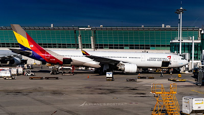 ASIANA AIRLINES_A330-323_HL7746_BRW_120319