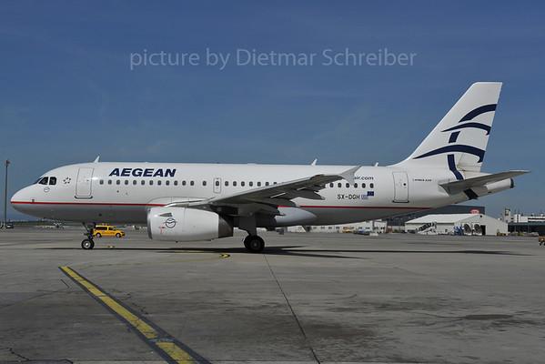 2012-04-26 SX-DGH Airbus A319 Aegean Airline