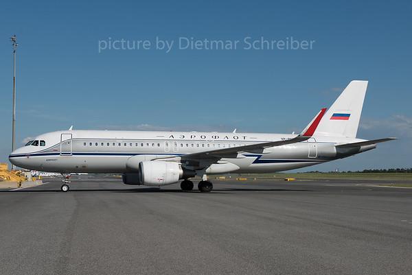 2016-07-29 VP-BNT Airbus A320 Aeroflot