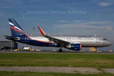 2017-10-18 VQ-BSH Airbus A320 Aeroflot