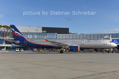 2014-12-26 VQ-BOI Airbus A321 Aeroflot