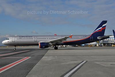 2012-01-25 VP-BWP AIrbus A321 Aeroflot
