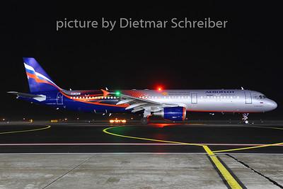 2014-01-18 VP-BTL Airbus A321 Aeroflot