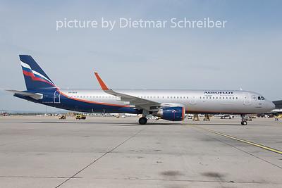 2019-08-05 VP-BAY Airbus A321 Aeroflot
