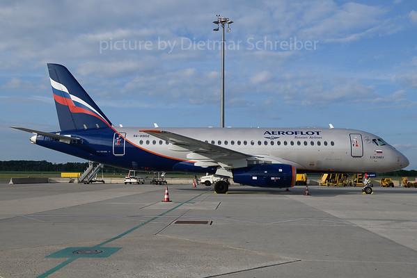 2018-05-17 RA-89102 Sukhoi Superjet Aeroflot