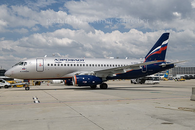 2018-06-27 RA-89060 Sukhoi Superjet Aeroflot
