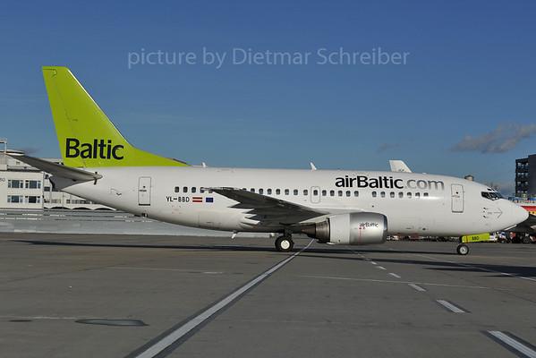 2012-01-03 YLBBD Boeing 737-500 Air Baltic