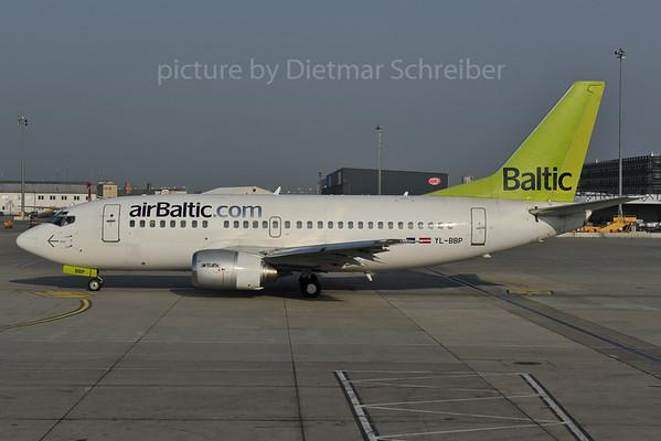 2012-04-05 YL-BBP Boeing 737-500 Air Baltic