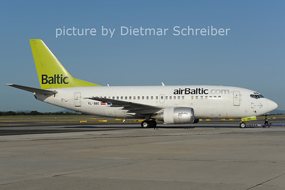 2012-08-24 YL-BBE Boeing 737-500 Air Baltic