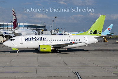 2018-07-12 YL-BBE Boeing 737-500 Air Baltic