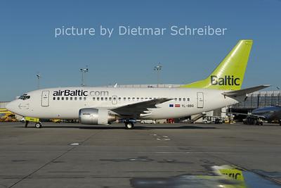 2012-09-25 YL_BBQ Boeing 737-500 Air Baltic
