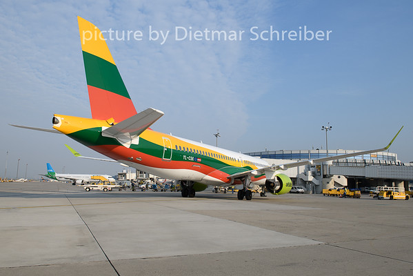 2019-08-29 YL-CSK CS300 Air Baltic