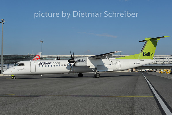 2012-12-01 YL-BAJ Dash 8-400 Air BAltic