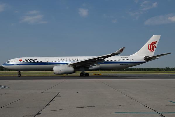 2017-06-22 B-5956 Airbus A330-300 AIr China