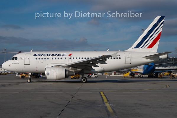 2011-01-20 F-GUGF Airbus A318 Air France