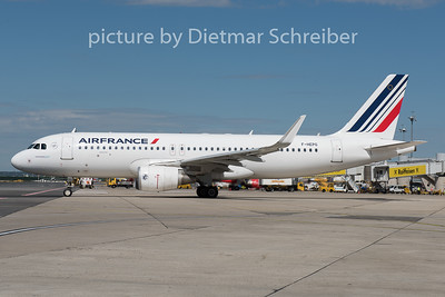 2015-05-07 F-HEPG Airbus A320 Air France
