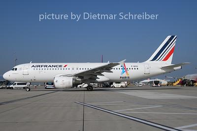 2018-10-09 F-GKXI Airbus A320 Air France