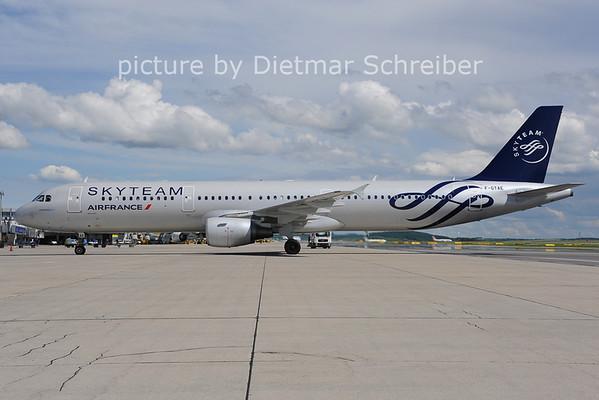 2013-05-20 F-GTAE Airbus A321 Air France
