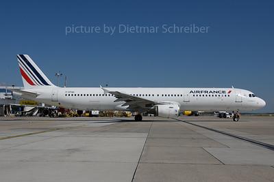 2017-07-21 F-GTAH Airbus A321 Air France