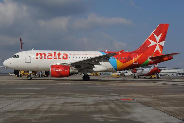 2013-04-01 9H-AEM Airbus A319 Air Malta