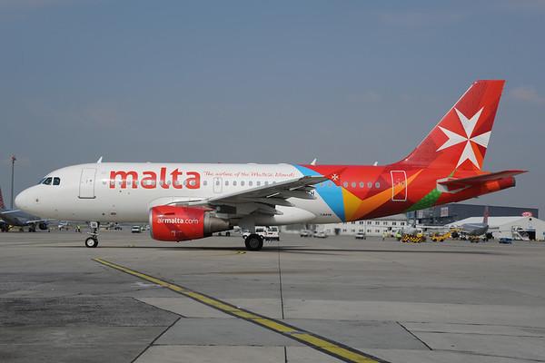 2013-04-17 9H-AEH Airbus A319 Air Malta