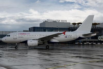 2016-10-03 9H-AEJ Airbus A319 Air Malta