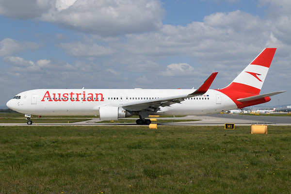 2021-04-23 OE-LAY Boeing 767-300 Austrian Airlines