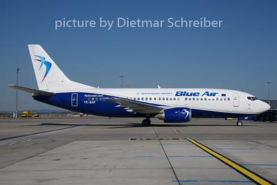 2019-08-15 YR-BAP Boeing 737-300 Blue Air / Montenegro Airlines