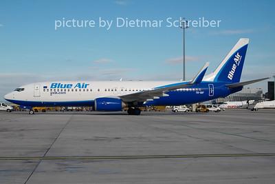 2010-08-19 YR-BIF Boeing 737-800 Blue Air