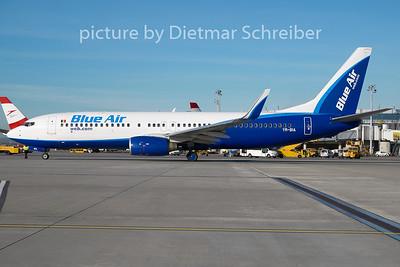 2009-11-19 YR-BIA Boeing 737-800 Blue Air