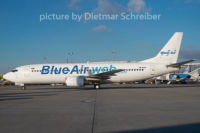 2009-12-02 YR-BAE Boeing 737-400 Blue Air