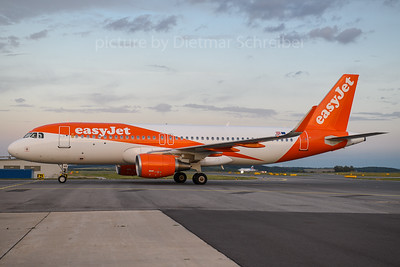 2020-08-23 OE-IVR Airbus A320 Easyjet Europe