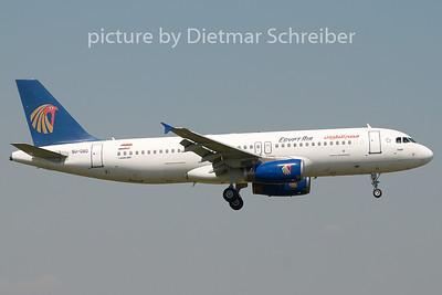 2008-07-11 SU-GBD Airbus A320 Egypt Air