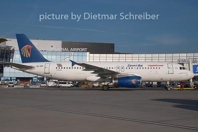 2008-10-12 SU-GBF Airbus A320 Egyptair