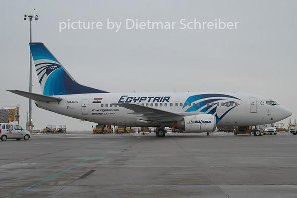 2009-01-15 SU-GBJ Boeing 737-500 Egypt Air